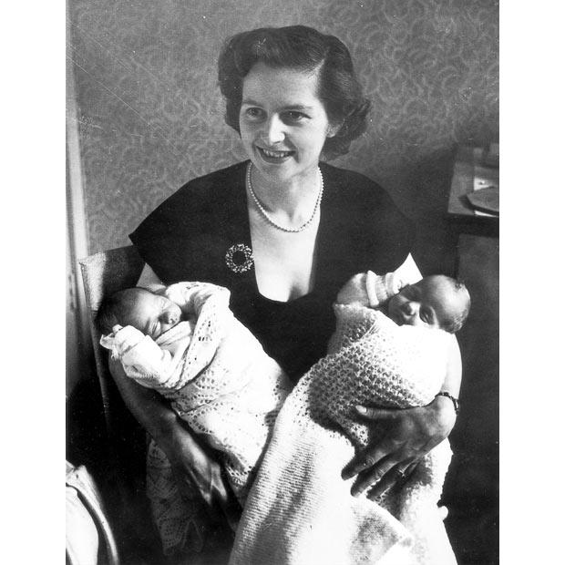 1953-twins_1744967i